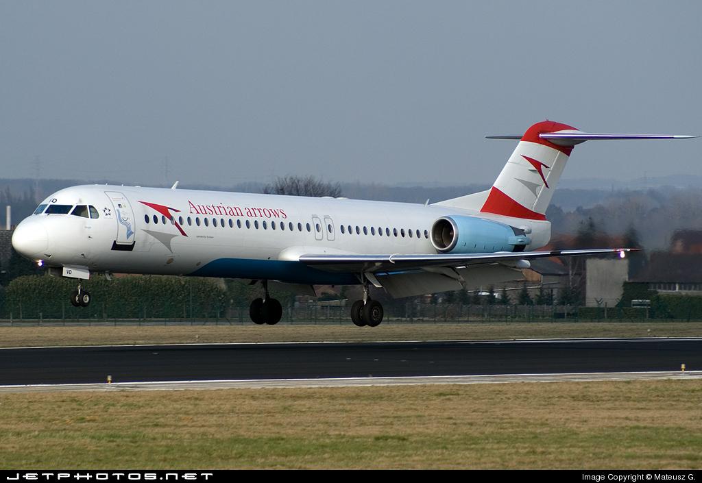 OE-LVD - Fokker 100 - Austrian Arrows