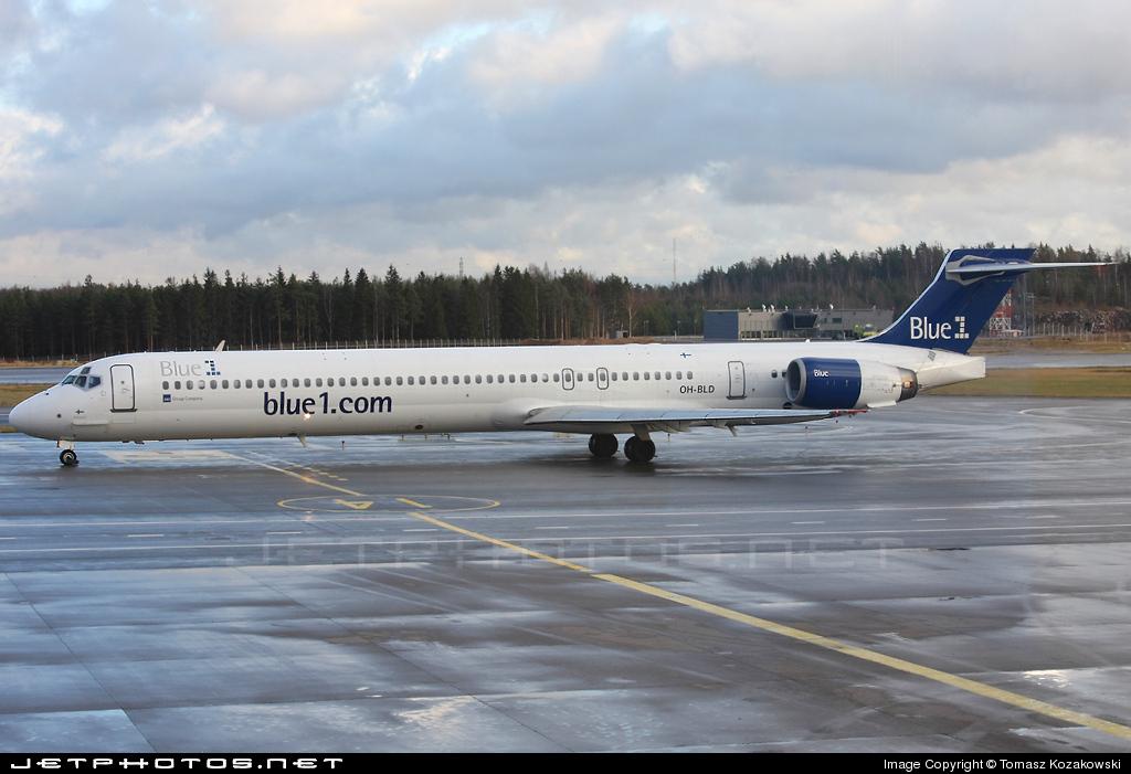 OH-BLD - McDonnell Douglas MD-90-30 - Blue1