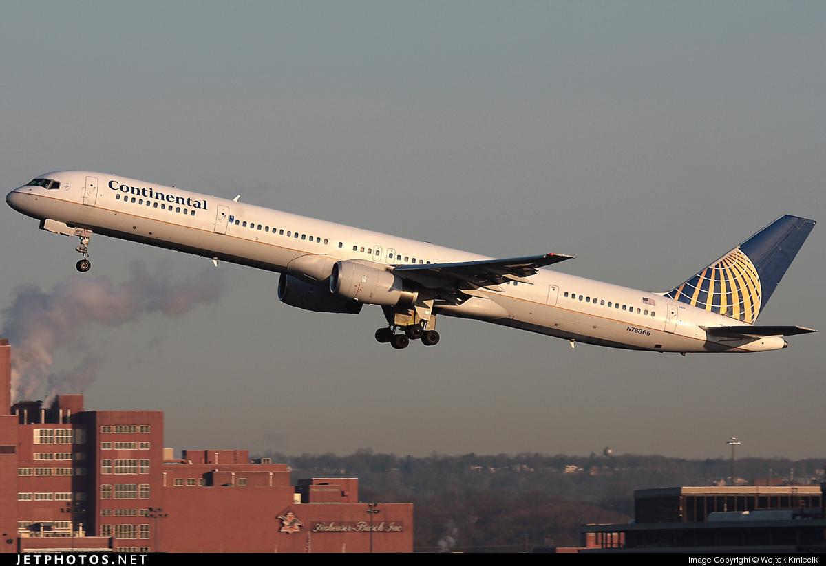 N78866 - Boeing 757-33N - Continental Airlines