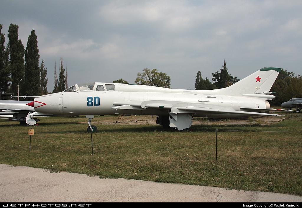 80 - Sukhoi Su-17M-3 Fitter C - Soviet Union - Air Force