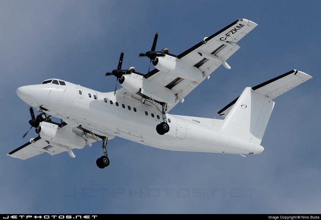 C-FZKM - De Havilland Canada DHC-7-102 Dash 7 - Voyageur Airways