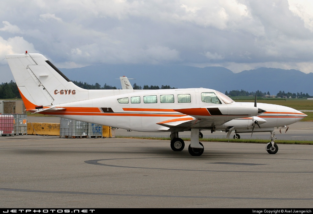 C-GYFG - Cessna 402B - Airspeed Aviation