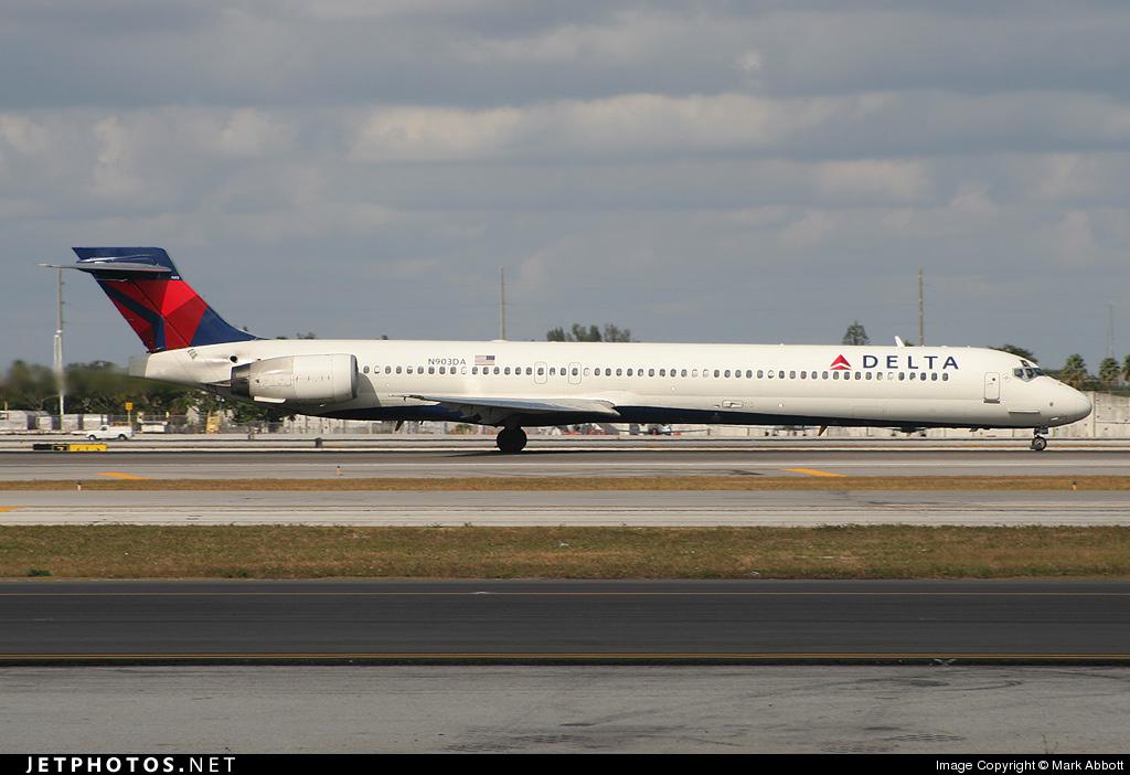 N903DA - McDonnell Douglas MD-90-30 - Delta Air Lines