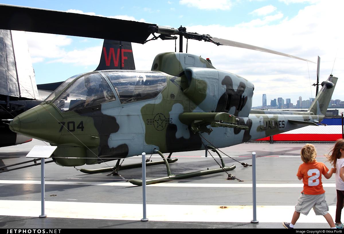 159218 - Bell AH-1J Sea Cobra - United States - US Marine Corps (USMC)