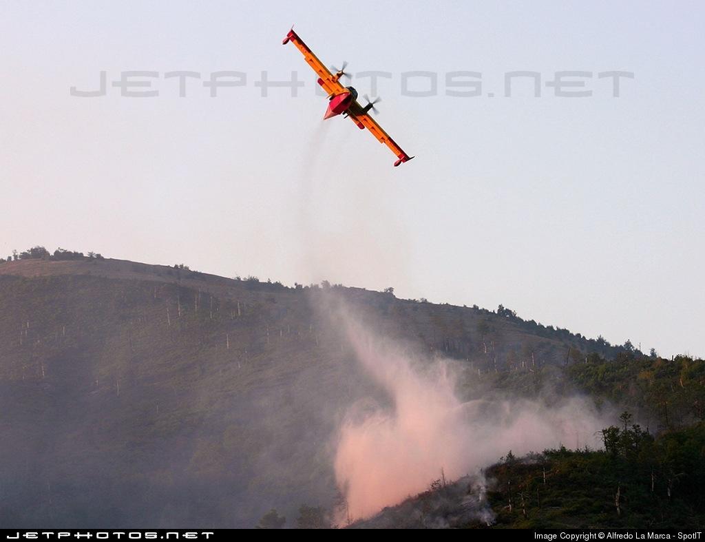 I-DPCV - Canadair CL-415 - Italy - Protezione Civile