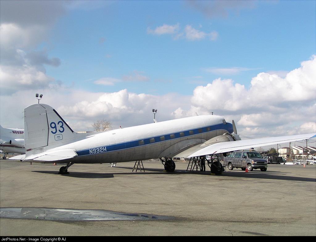 N932H - Douglas DC-3 - Miami Valley Aviation