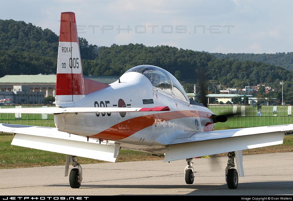 00-005 - KAI KT-1 Woong-Bee - South Korea - Air Force