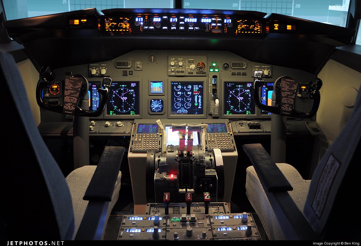 SIMULATOR - Boeing 737-800 - Flight Sim Center