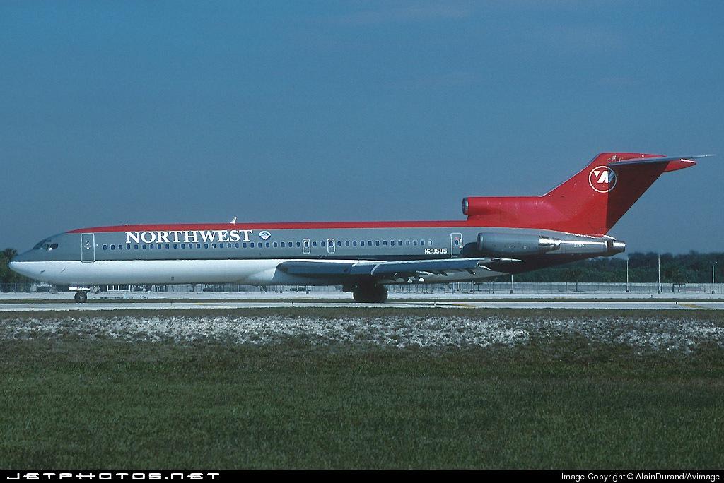 N295US - Boeing 727-251(Adv) - Northwest Airlines