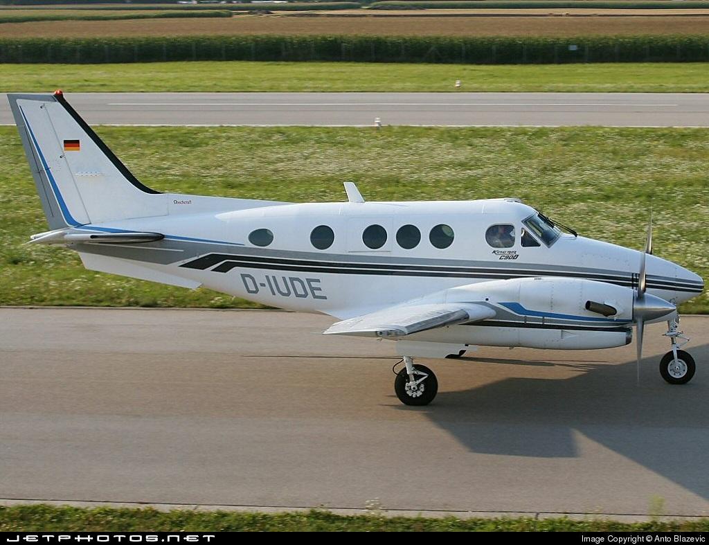 D-IUDE - Beechcraft C90B King Air - Private
