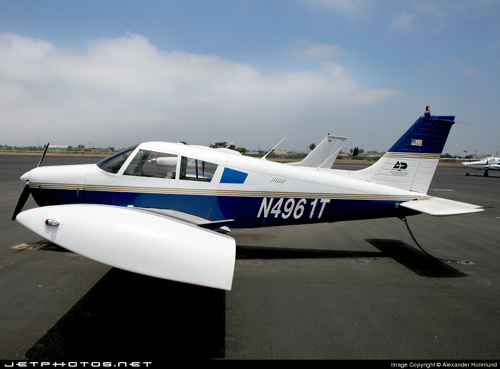 N4961T - Piper PA-28-140 Cherokee Cruiser - Private