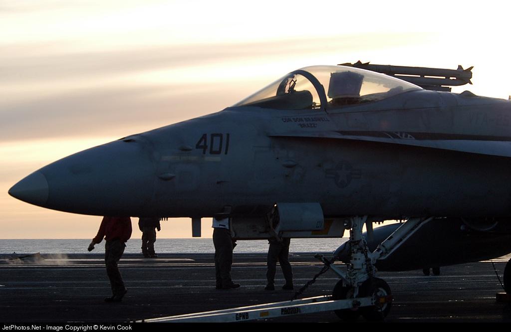 401 - McDonnell Douglas F/A-18 Hornet - United States - US Navy (USN)