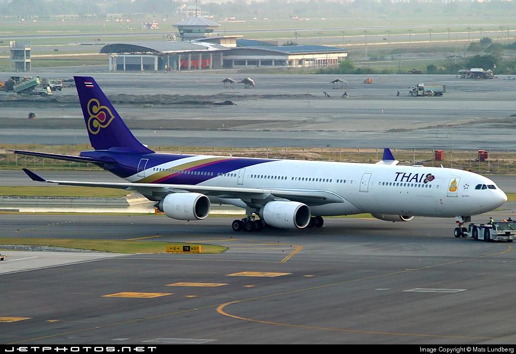 HS-TLB - Airbus A340-541 - Thai Airways International