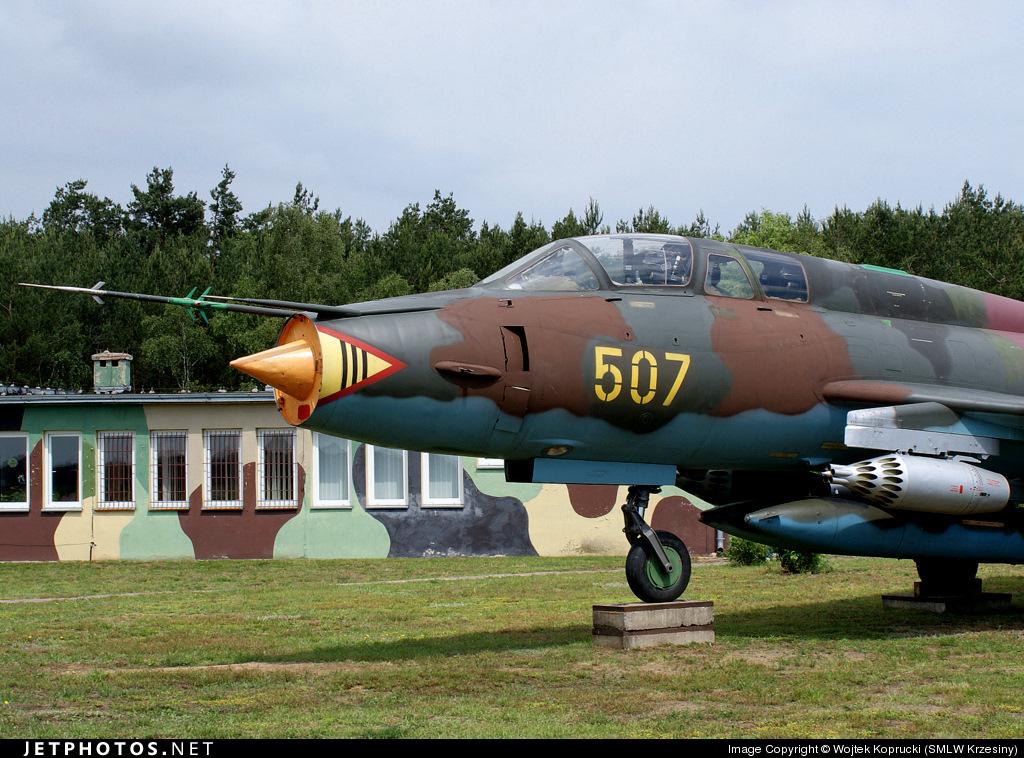 507 - Sukhoi Su-22UM3K Fitter - Poland - Air Force