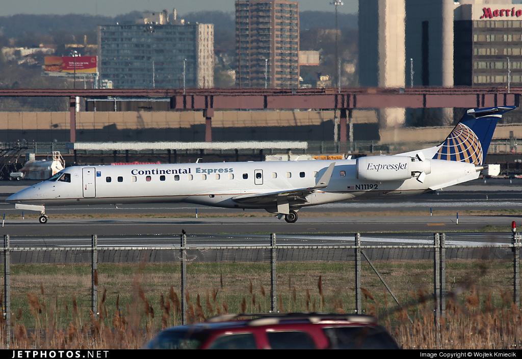 N11192 - Embraer ERJ-145XR - Continental Express (ExpressJet Airlines)
