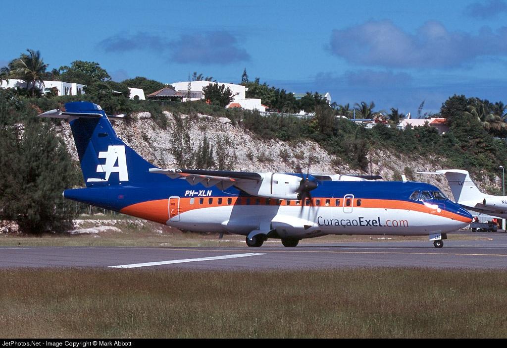 PH-XLN - ATR 42-320 - CuraçaoExel