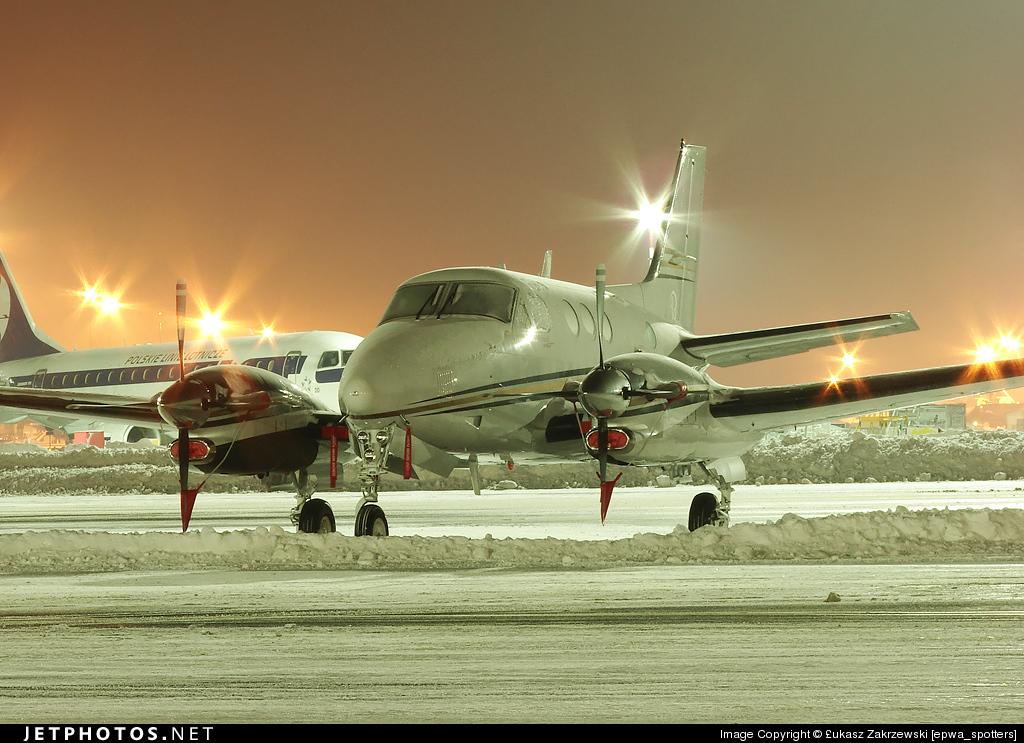 N6398V - Beechcraft C90GTi King Air - Private