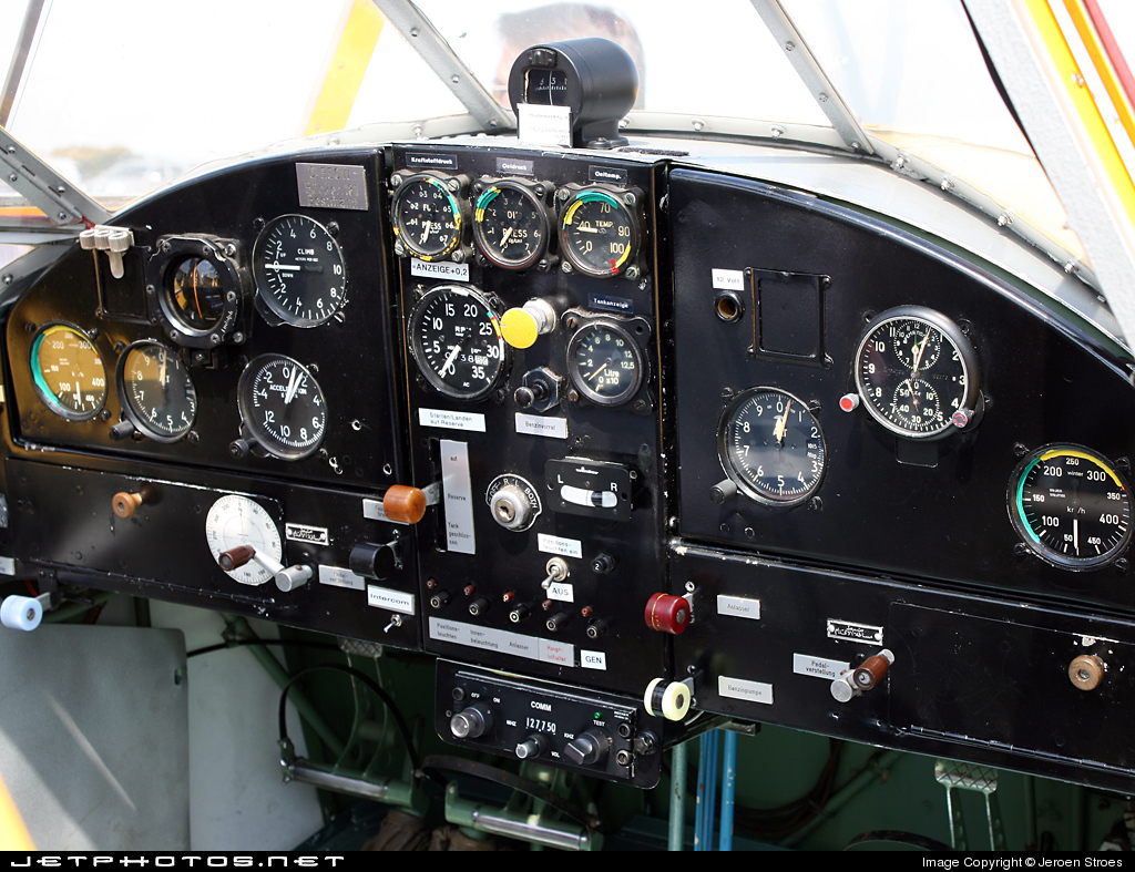 D-EECW - Gomhouria Mk.6 - Private
