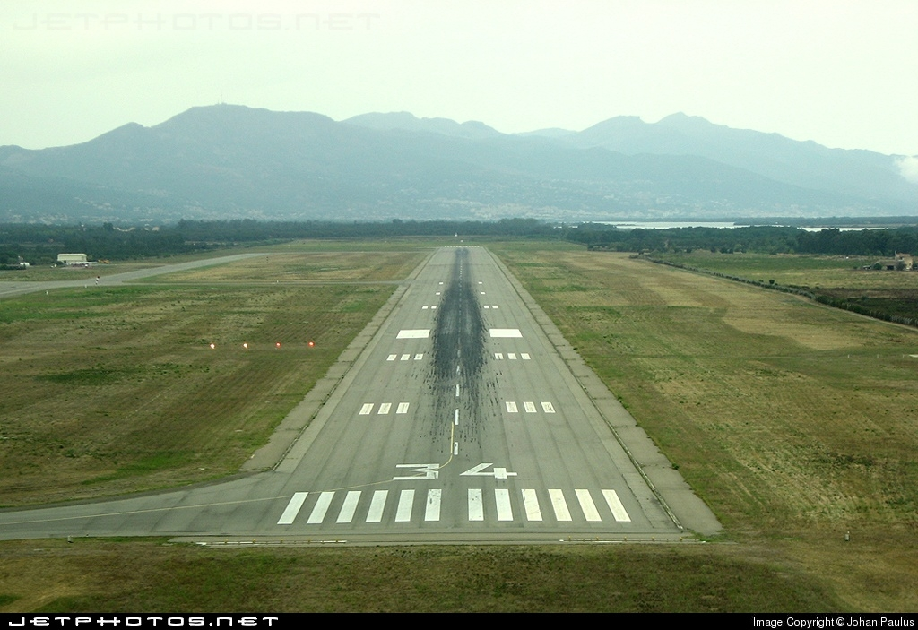 LFKB - Airport - Runway