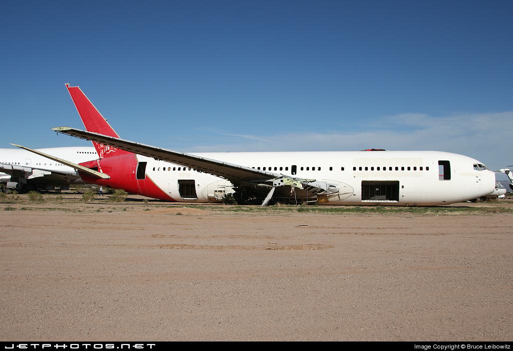 VH-EAJ - Boeing 767-238(ER) - Qantas