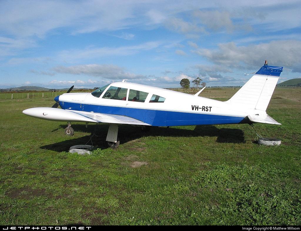 VH-RST - Piper PA-28R-200 Cherokee Arrow - Private