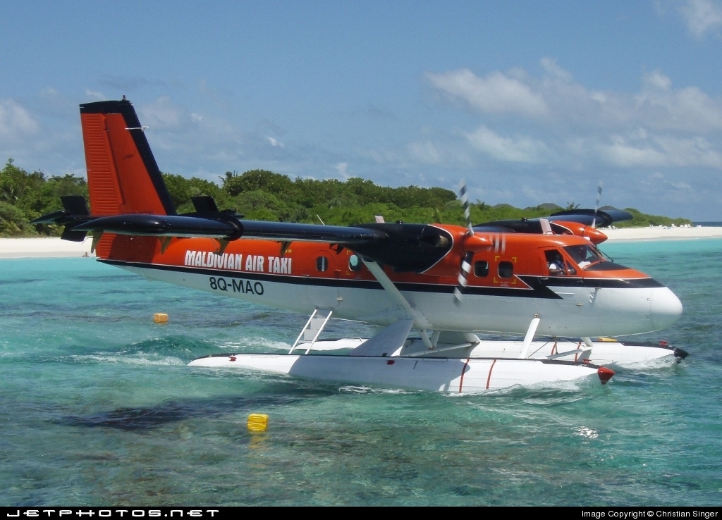 8Q-MAO - De Havilland Canada DHC-6-300 Twin Otter - Maldivian Air Taxi