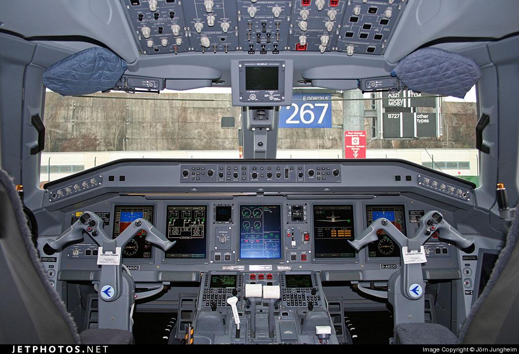 D-AECC - Embraer 190-100LR - CityLine