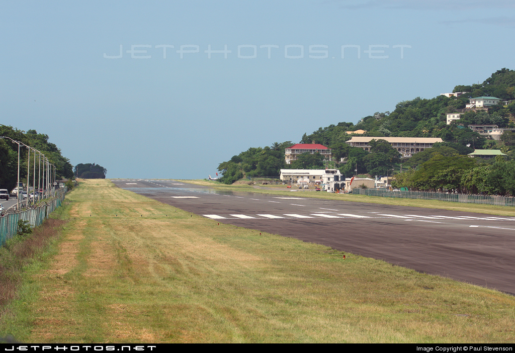 TLPC - Airport - Runway