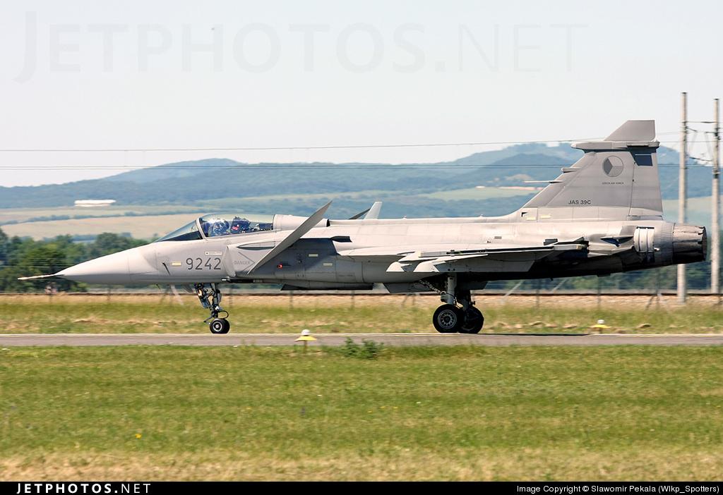 9242 - Saab JAS-39C Gripen - Czech Republic - Air Force
