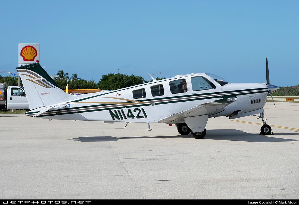 N11421 - Beechcraft A36 Bonanza - Private