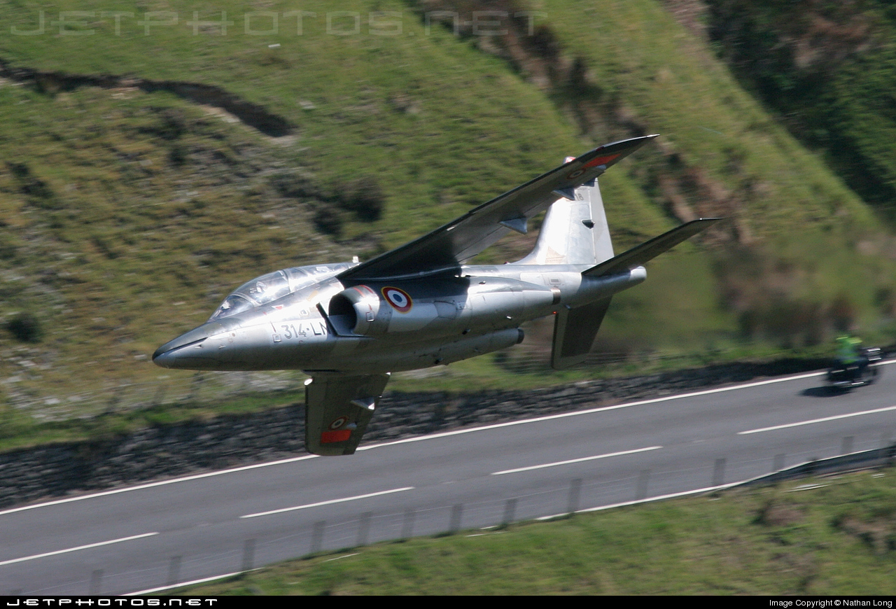 E118 - Dassault-Breguet-Dornier Alpha Jet E - France - Air Force