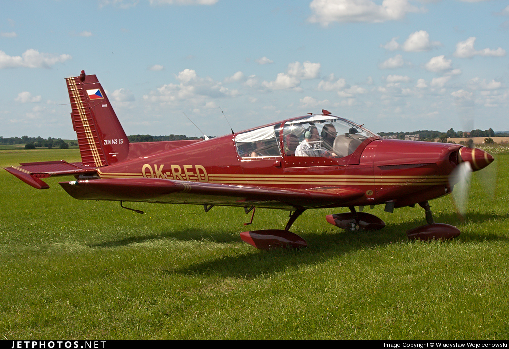 OK-RED - Zlin 143LSi - Private