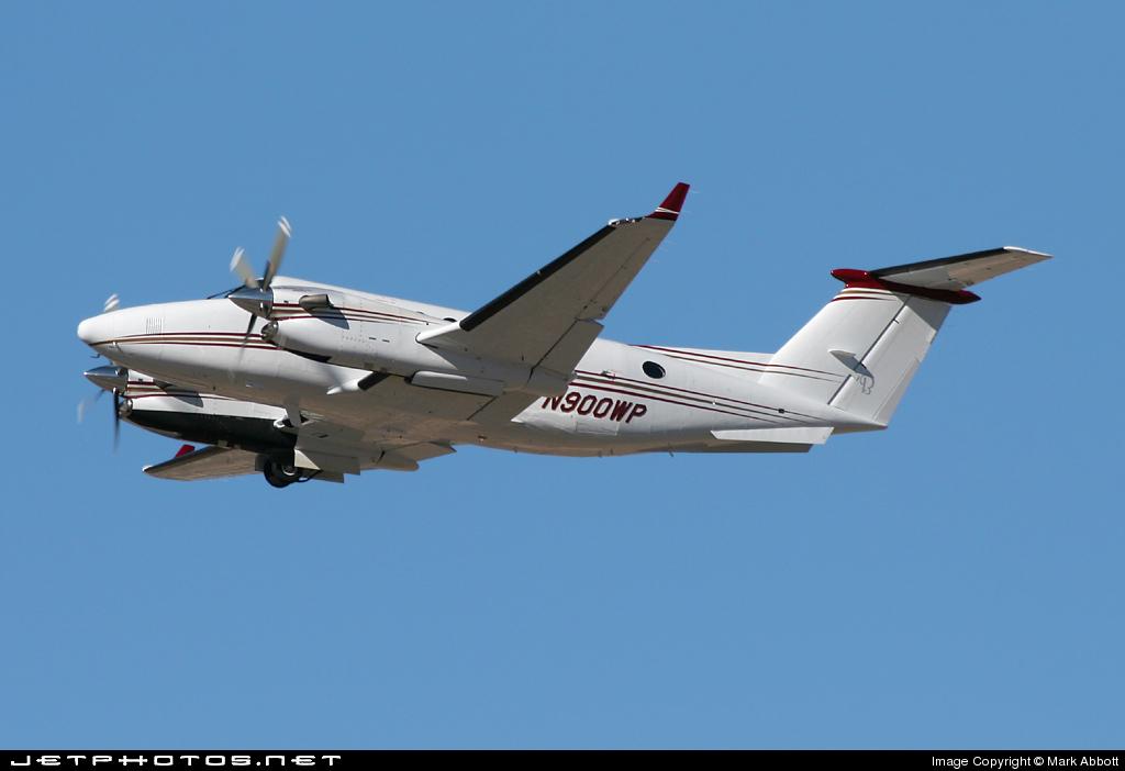 N900WP - Beechcraft B300 King Air - Private