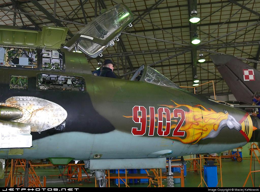 9102 - Sukhoi Su-22M4 Fitter K - Poland - Air Force