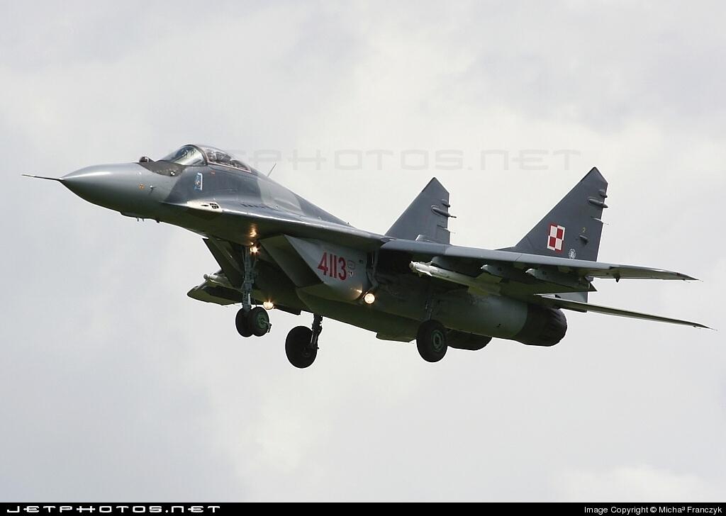 4113 - Mikoyan-Gurevich MiG-29A Fulcrum - Poland - Air Force