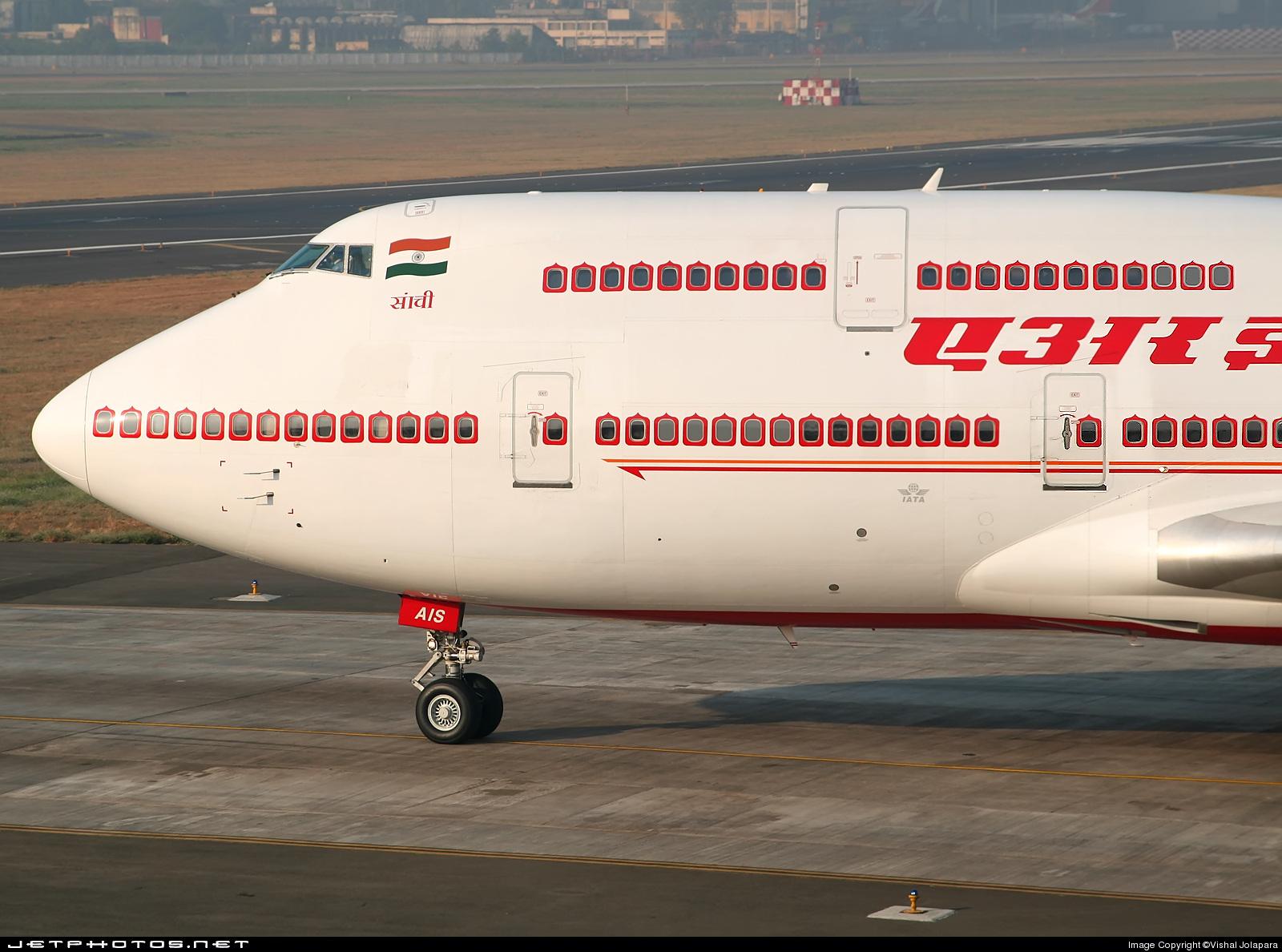 VT-AIS - Boeing 747-4H6 - Air India