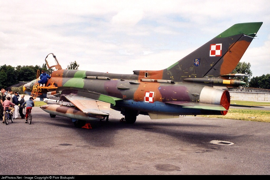 9513 - Sukhoi Su-22M4 Fitter K - Poland - Air Force