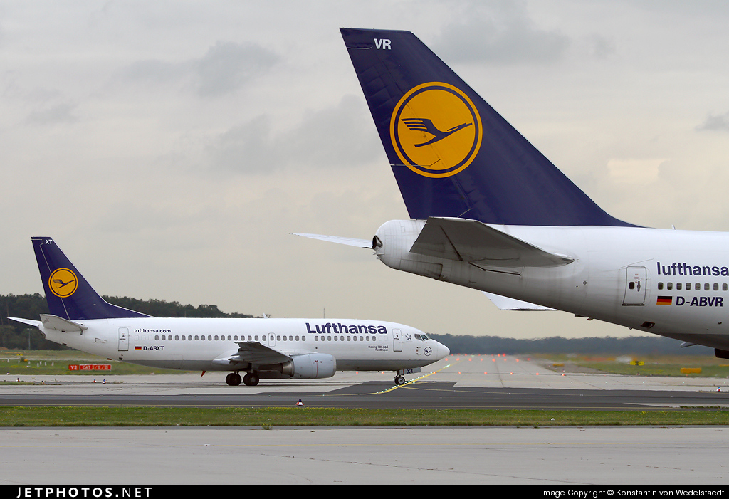 D-ABXT - Boeing 737-330 - Lufthansa