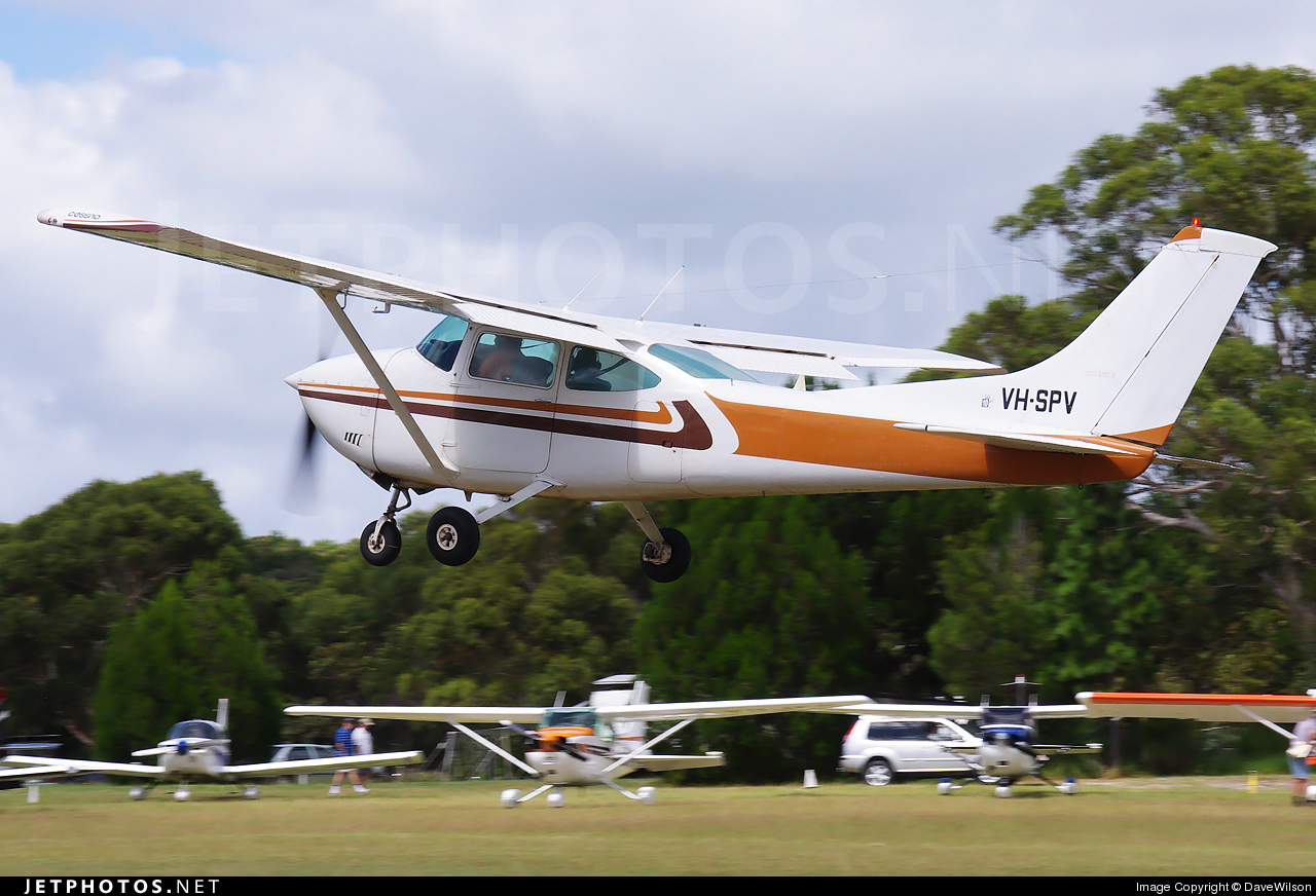 VH-SPV - Cessna 182Q Skylane II - Private