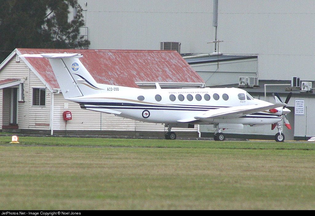 A32-350 - Beechcraft B300 King Air 350 - Australia - Royal Australian Air Force (RAAF)