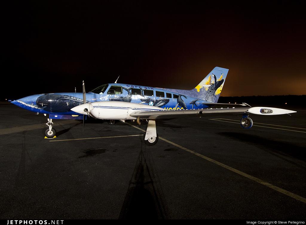 N69SC - Cessna 402C - Cape Air