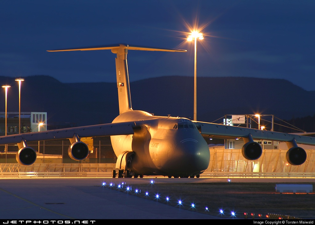 68-0220 - Lockheed C-5 Galaxy - United States - US Air Force (USAF)