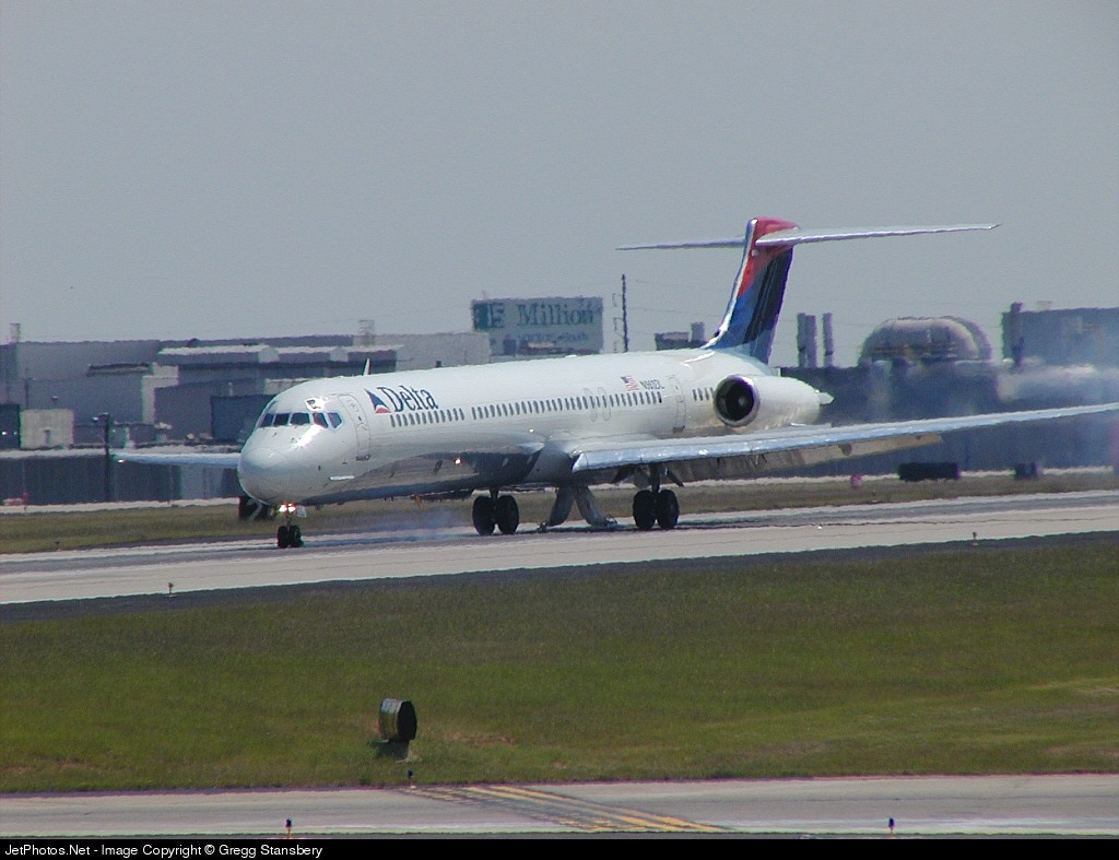 N963DL - McDonnell Douglas MD-88 - Delta Air Lines