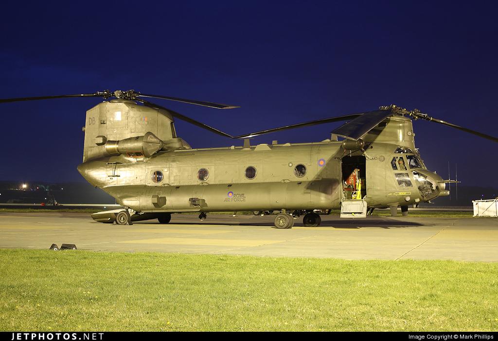ZD574 - Boeing Chinook HC.2 - United Kingdom - Royal Air Force (RAF)