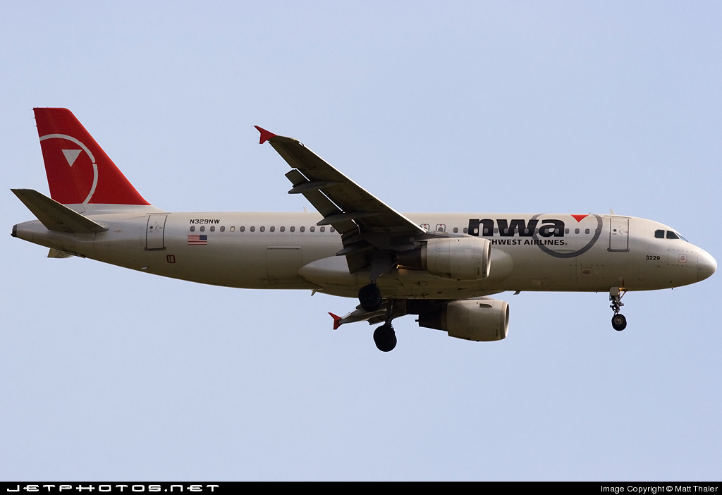 N329NW - Airbus A320-211 - Northwest Airlines