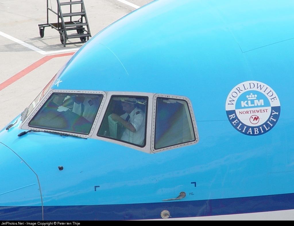 PH-BZK - Boeing 767-306(ER) - KLM Royal Dutch Airlines