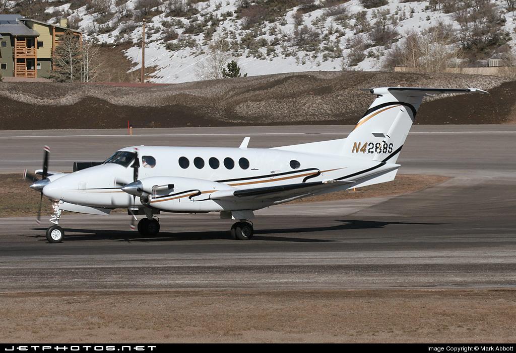 N4288S - Beechcraft B200 Super King Air - Private