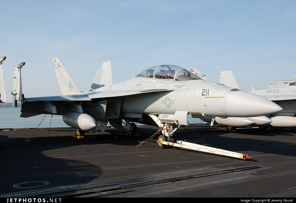 166637 - Boeing F/A-18F Super Hornet - United States - US Navy (USN)