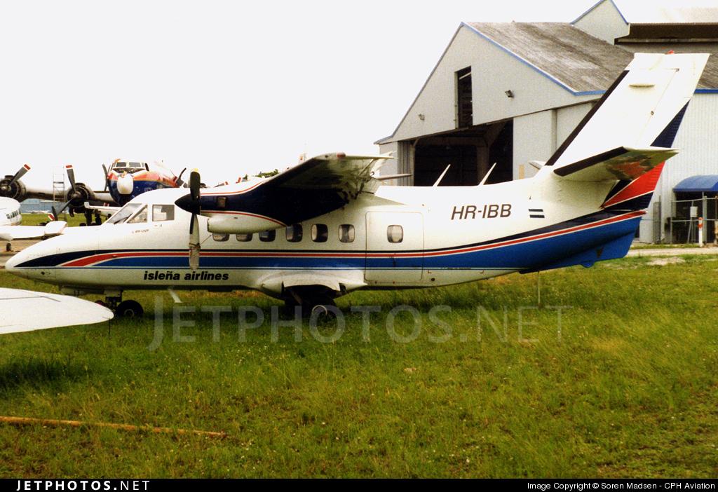 HR-IBB - Let L-410UVP Turbolet - Isleña Airlines