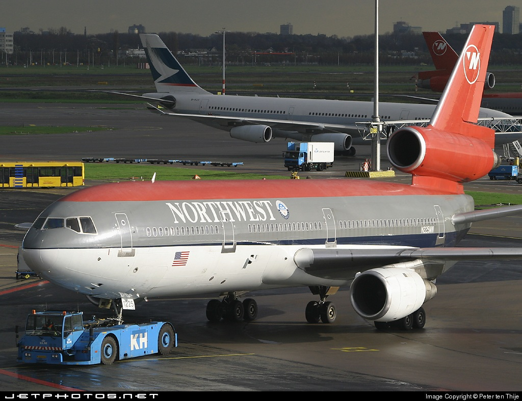 N225NW - McDonnell Douglas DC-10-30 - Northwest Airlines